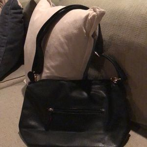 Black soft pebble texture pleather handbag